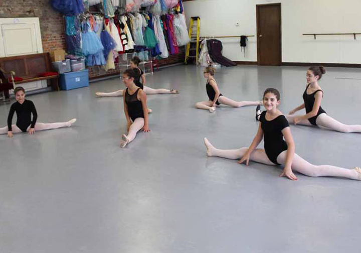 Dance Classes in our Pittsburgh Ballet Studio